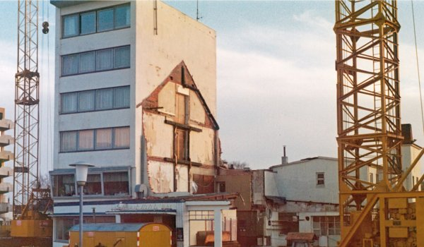 Neubau_1976