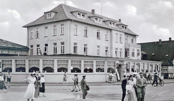 kamp_hotel_1957