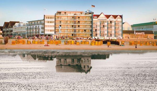 Strandhotel Spiegelung